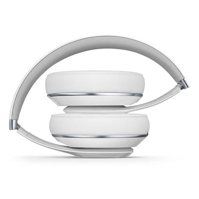 Auriculares Beats by Dr Dre Studio plegados