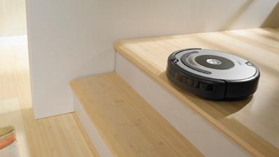 iRobot Roomba 615 en funcionamiento
