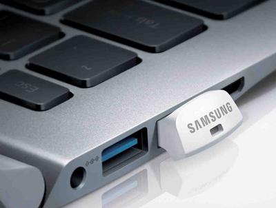 Utilización del pendrive Samsung de 128GB